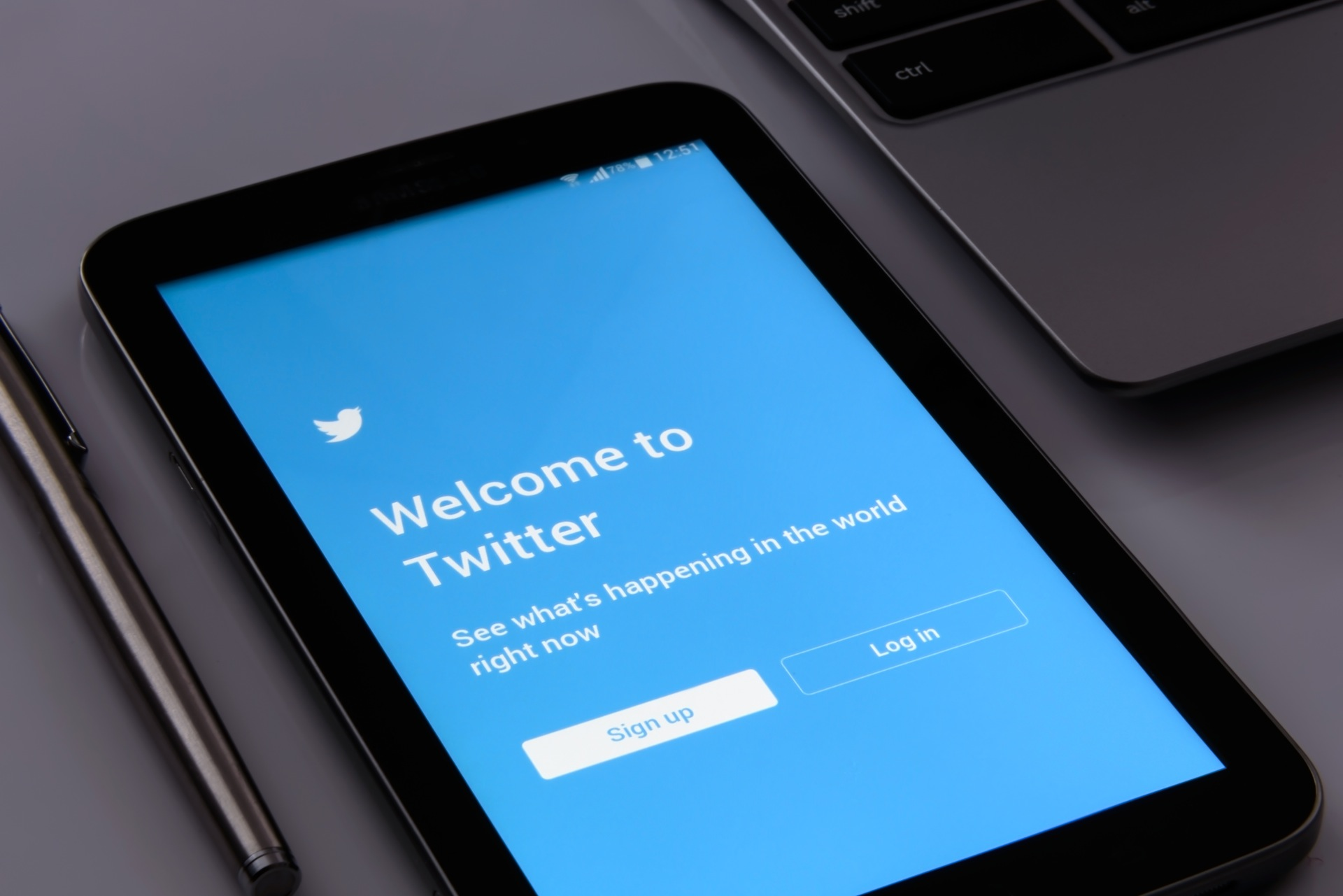 Top 8 Twitter Search Tricks That Will Get Your Business More Followers