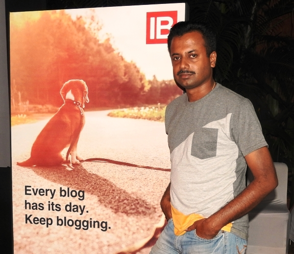 Interview with Pro Blogger Tony John from Techulator and IndiaStudyChannel
